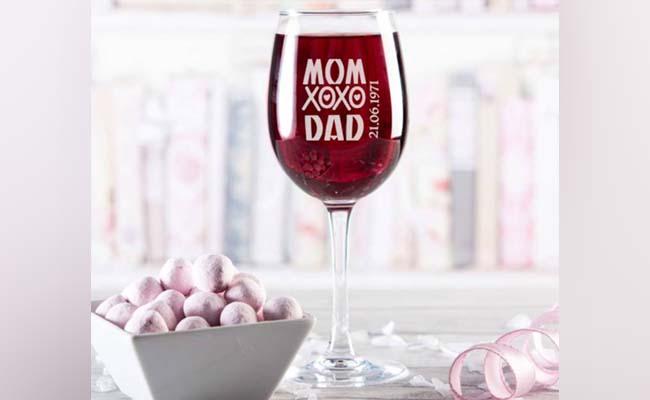Customised Wine Glass Set