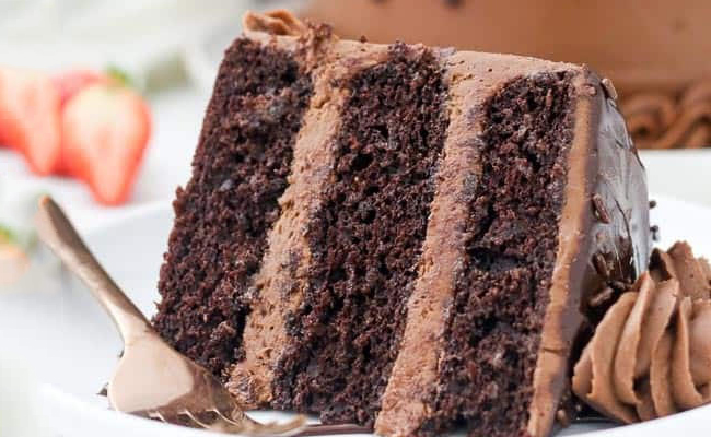 Chocolate cake with chocolate ganache and mocha filling