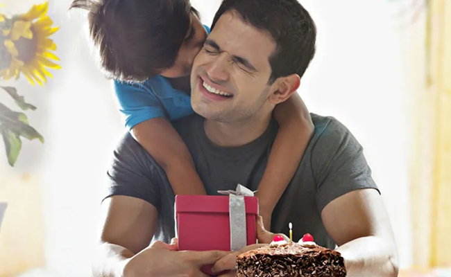 Surprise Cake and Gifts Delivery