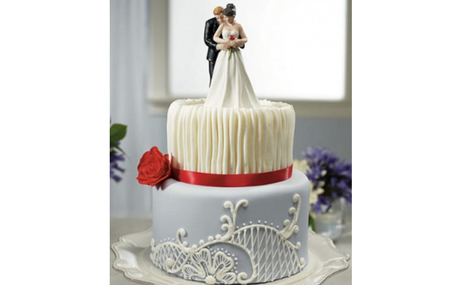 Couple theme cake