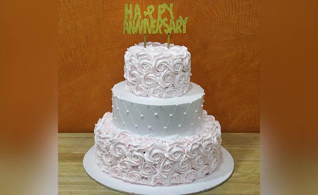 2-Tier Designer Cake