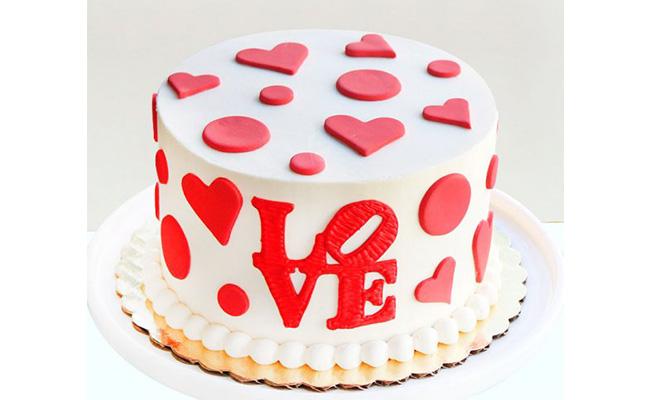 Heartfelt Love Anniversary Cake
