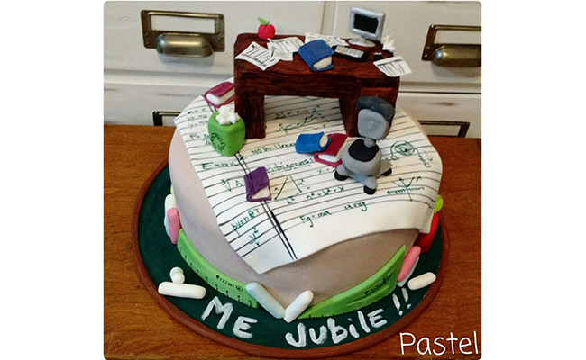 Class themed cake
