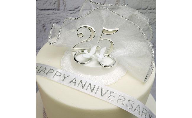 25th Wedding Anniversary Designer Cake