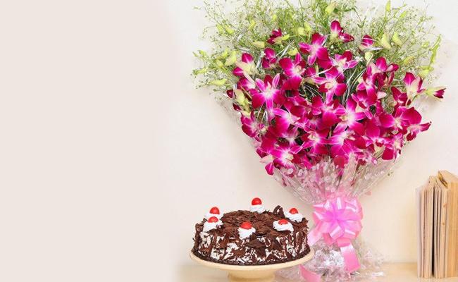 Carnations with Red Velvet Cake