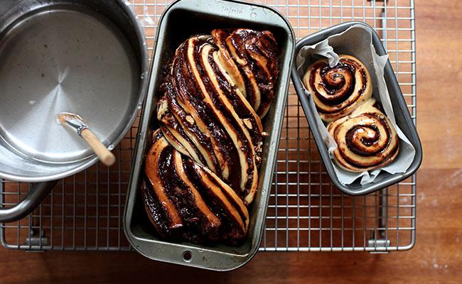 Chocolate Pecan Krantz Cake