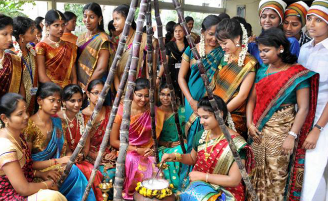 women celebrating Pongal festival