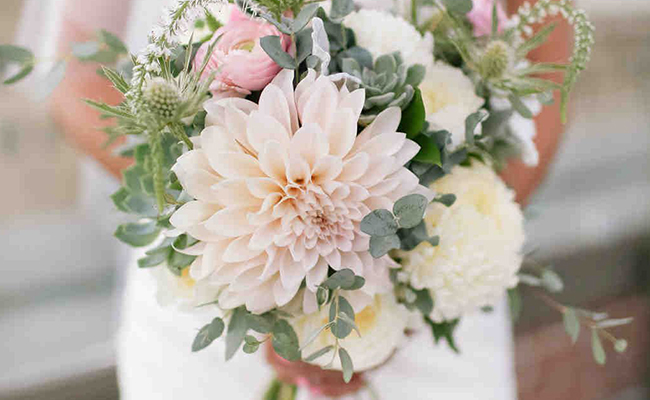 Dahlias Flower Wedding Arrangements