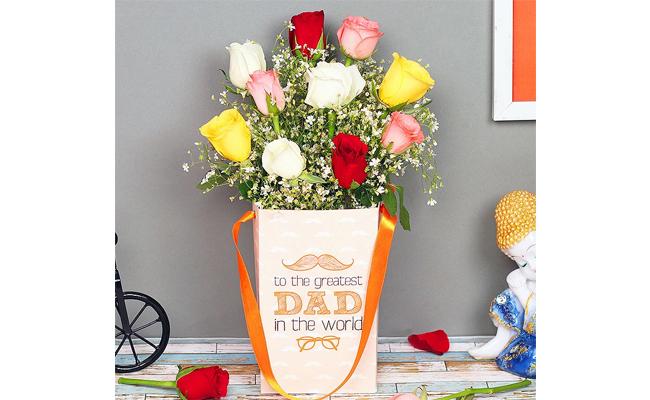 Mixed Roses Floral Arrangement