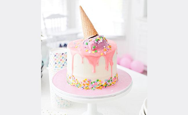 Designer Cake Gifts for Sweetheart