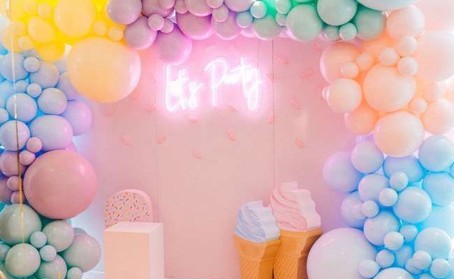 Colorful balloons for room decorations