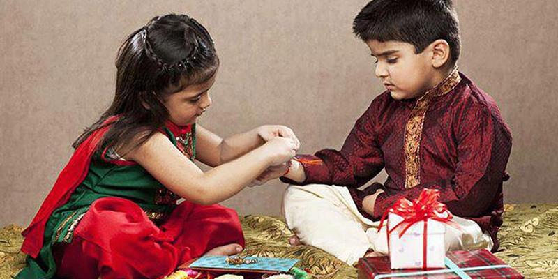 Traditional Dresses to Look Fabulous on This Raksha Bandhan