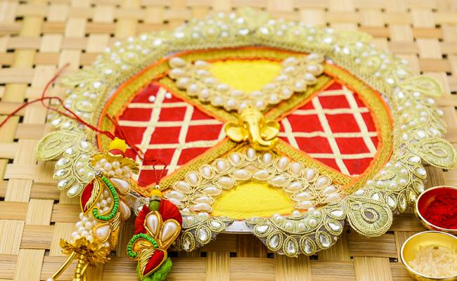 Zari Sequin Beads Embellished Bhaiya-Bhabhi Rakhi Thali