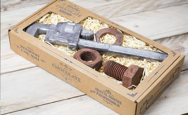 Nuts Box