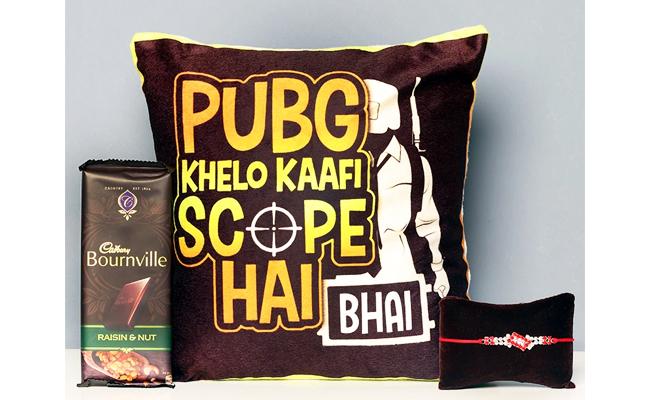 Rakhi with Cushions
