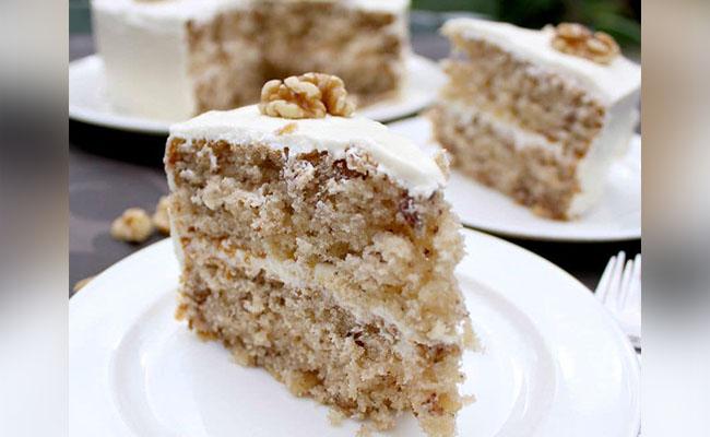 Best Eggless Vanilla Cake Recipe without Condensed Milk