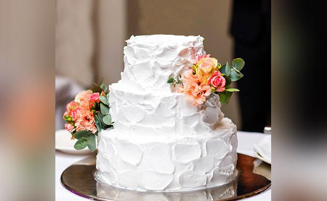 Mr & Mrs Floral Cake