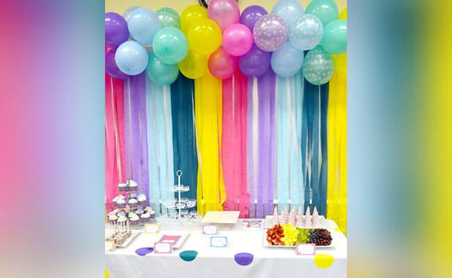 Adorable Balloon And Streamers Backdrop