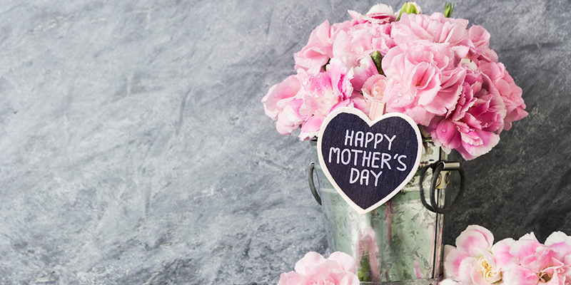 Awesome personalized gift ideas for mom