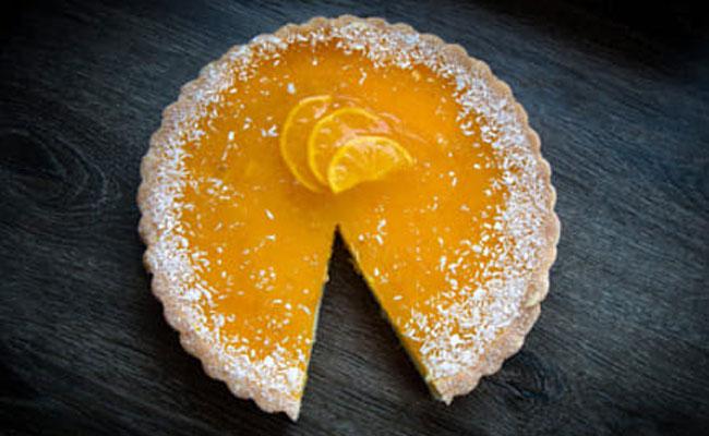Moist orange and lemon cake