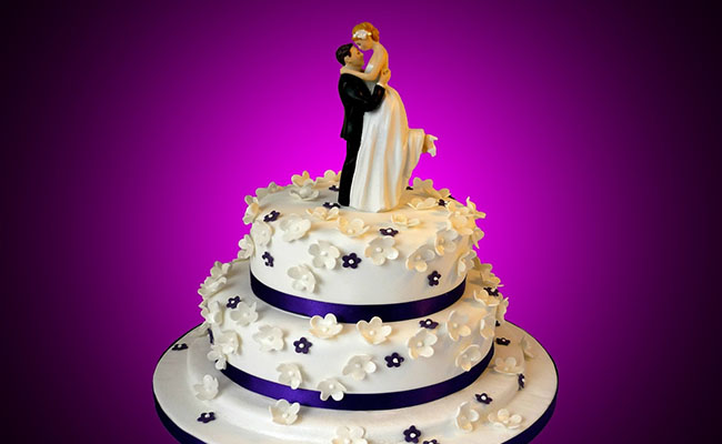 Enjoy The Sweetness Of Your Relationship With Anniversary Cakes