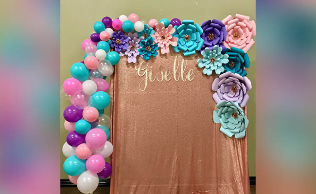 Flowers and Balloon For Birthday Party