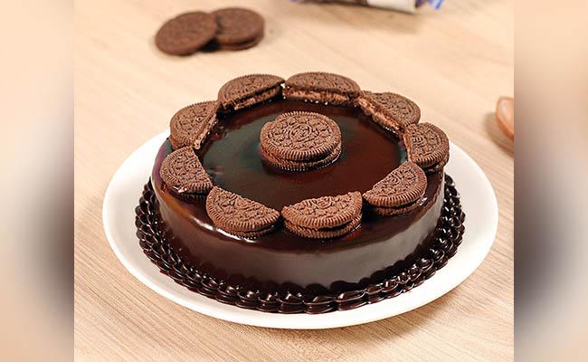 Enchanting Oreo Birthday Cake For Boys