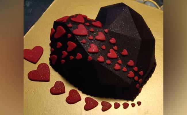 Pinata Bashing Cake