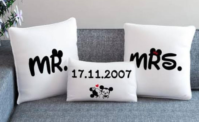 Mr and Mrs Gift