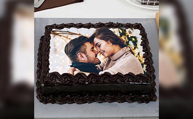 Photo on the cake