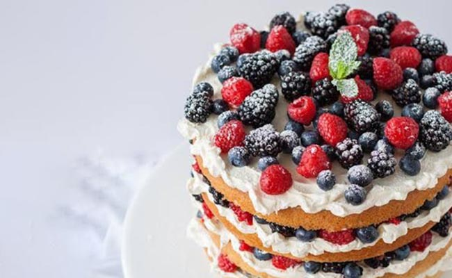 Fruits and Berries Cake