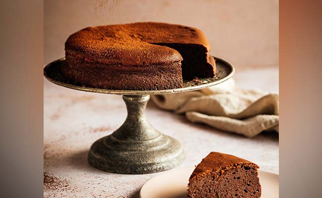 Prune and Mocha Cheesecake