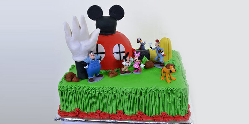 popular cartoon cakes