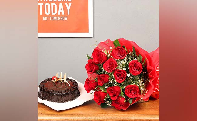flowers-and-cake