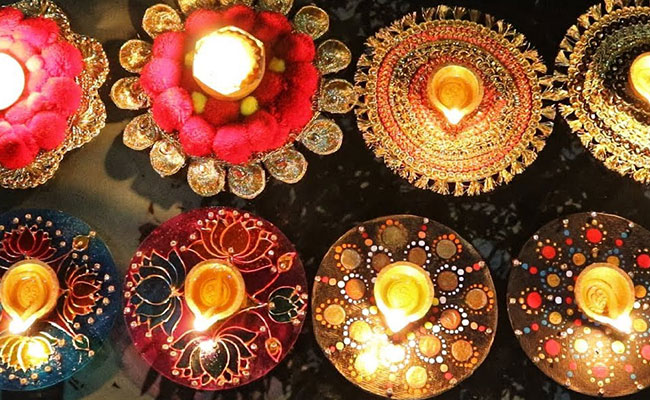 Waste CDs Diya