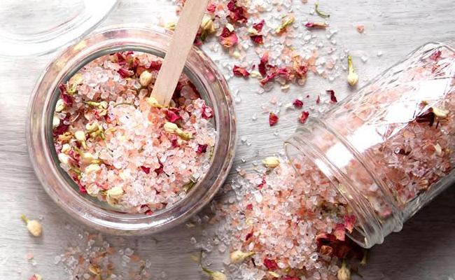 DIY Bath Salt for Mom
