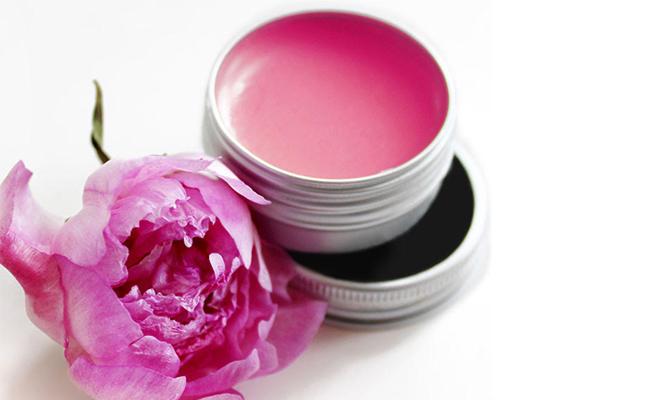 DIY lip Gloss for Mom