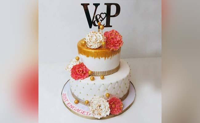 Royal Floral Cake