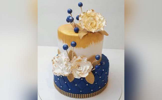 Love Quotes Unique Engagement Cake Ideas
