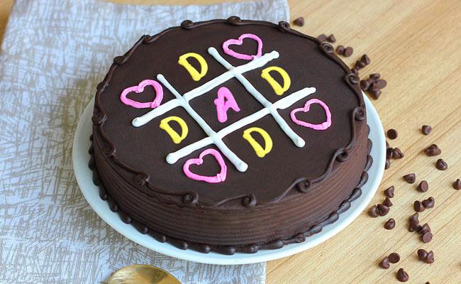 Cakes, chocolates, and snacks combo