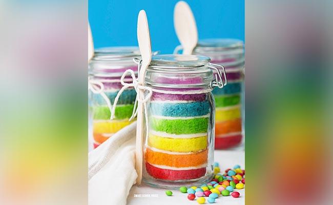 Cute Jar Cakes
