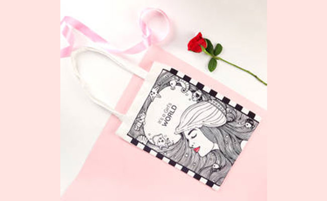 Bag Surprise gift ideas for women's day