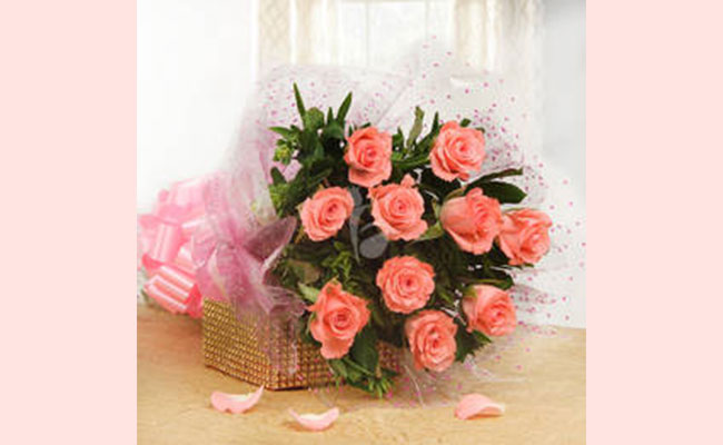 Flowers Surprise gift ideas for women's day