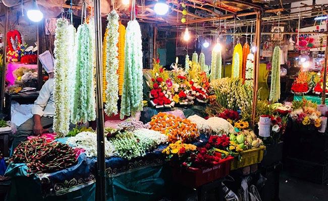 Jambagh Flower Market in Hyderabad
