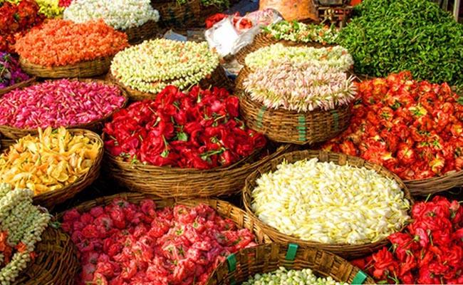 Osmangunj Flower Market in Hyderabad