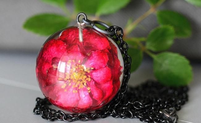 A Rose Jewel