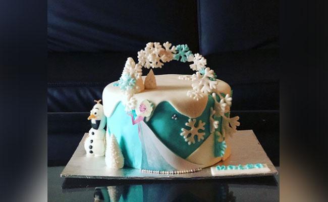 Snowflake Flurry Frozen Cake