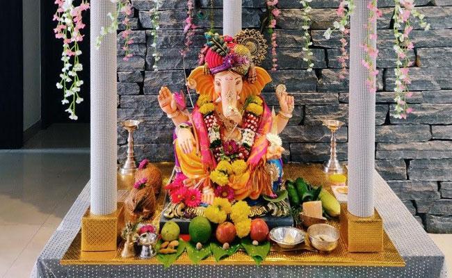 Ganpati Flower Decoration Ideas At Home