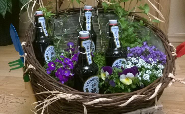 Flower Beer Gift Basket