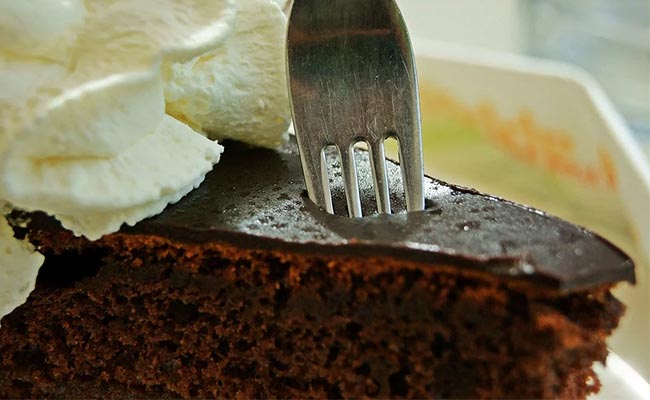 Rich chocolate birthday cake recipe